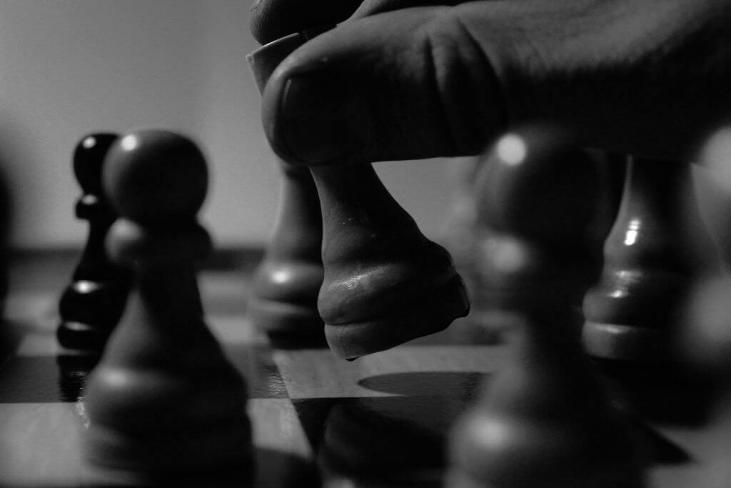stratégie et jeu d'échec